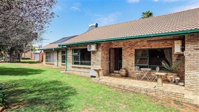 House for sale in Langenhovenpark