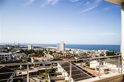 Flats for sale in Humewood