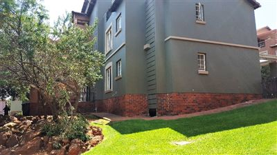 Townhouse for sale in Castleview