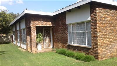Potchefstroom, Bult West Property  | Houses For Sale Bult West, Bult West, House 3 bedrooms property for sale Price:1,304,000
