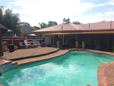 Bloemfontein, Fichardt Park Property  | Houses For Sale Fichardt Park, Fichardt Park, House 4 bedrooms property for sale Price:1,899,000