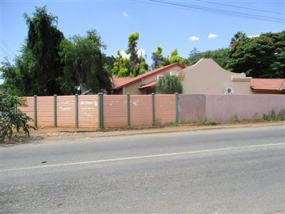Rustenburg property for sale. Ref No: 13460803. Picture no 1