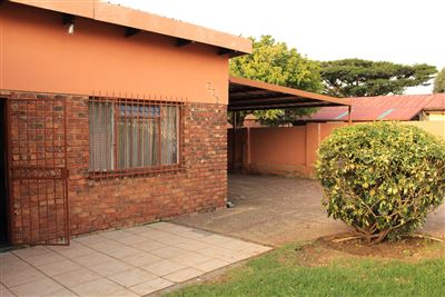 Pretoria, Eersterust Property  | Houses For Sale Eersterust, Eersterust, House 2 bedrooms property for sale Price:892,250