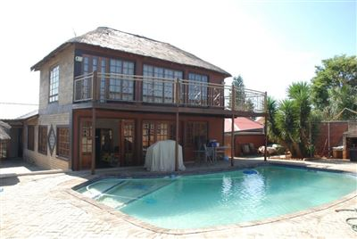 Germiston, Dawnview Property  | Houses For Sale Dawnview, Dawnview, House 5 bedrooms property for sale Price:2,500,000