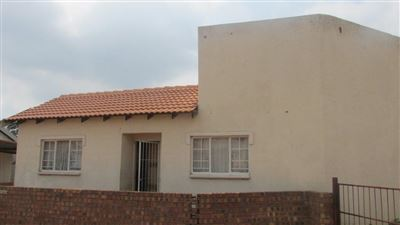 Witbank, Duvha Park & Ext Property    Houses For Sale Duvha Park & Ext, Duvha Park & Ext, Townhouse 2 bedrooms property for sale Price:377,000