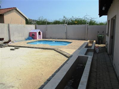Waterval East property for sale. Ref No: 13461937. Picture no 2