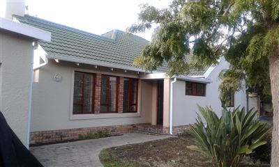 Cape Town, Meadowridge Property  | Houses To Rent Meadowridge, Meadowridge, House 3 bedrooms property to rent Price:, 18,00*