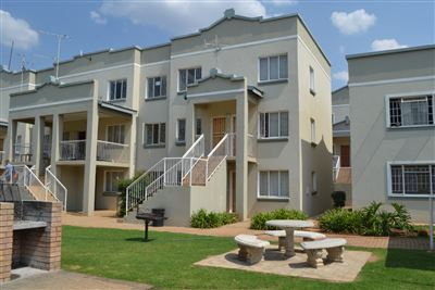 Potchefstroom, Kannoniers Park Property  | Houses For Sale Kannoniers Park, Kannoniers Park, Apartment 3 bedrooms property for sale Price:895,000