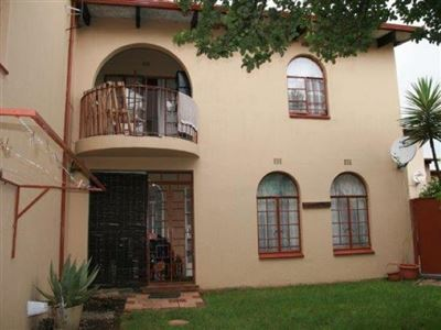 Alberton, New Market Property  | Houses For Sale New Market, New Market, Townhouse 3 bedrooms property for sale Price:850,000