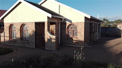 Bloemfontein, Vista Park Property  | Houses For Sale Vista Park, Vista Park, House 3 bedrooms property for sale Price:648,000