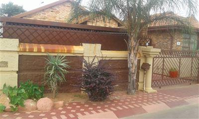 Pretoria, Soshanguve Property  | Houses For Sale Soshanguve, Soshanguve, House 3 bedrooms property for sale Price:597,025