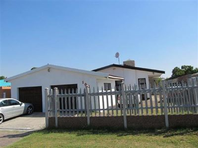 Kraaifontein, Windsor Park Property  | Houses For Sale Windsor Park, Windsor Park, House 4 bedrooms property for sale Price:1,350,000