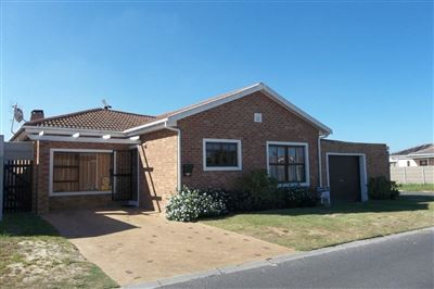 Kraaifontein, Zonnendal Property  | Houses For Sale Zonnendal, Zonnendal, House 3 bedrooms property for sale Price:1,395,000