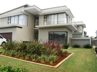 Property and Houses for sale in Silverwoods Country Estate, House, 3 Bedrooms - ZAR 3,750,000