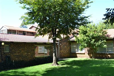 Germiston, Parkhill Gardens Property  | Houses For Sale Parkhill Gardens, Parkhill Gardens, House 4 bedrooms property for sale Price:2,900,000