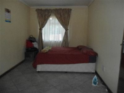 Rustenburg North property for sale. Ref No: 13464606. Picture no 11