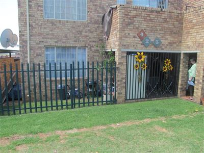 Alberton, South Crest Property  | Houses For Sale South Crest, South Crest, Townhouse 2 bedrooms property for sale Price:680,000