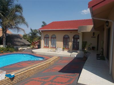 Johannesburg, Suideroord Property  | Houses For Sale Suideroord, Suideroord, House 5 bedrooms property for sale Price:2,000,000