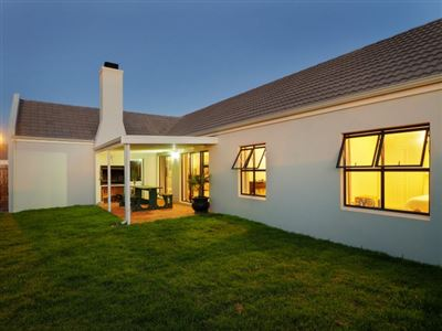 Blouberg, Sunningdale Property  | Houses To Rent Sunningdale, Sunningdale, House 3 bedrooms property to rent Price:, 18,00*