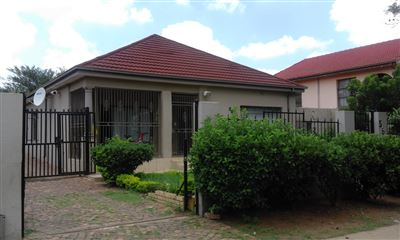 Pretoria, Pretoria West Property  | Houses For Sale Pretoria West, Pretoria West, House 10 bedrooms property for sale Price:1,350,000