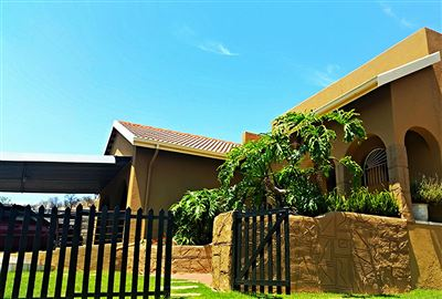 Johannesburg, Suideroord Property  | Houses For Sale Suideroord, Suideroord, House 3 bedrooms property for sale Price:1,895,000