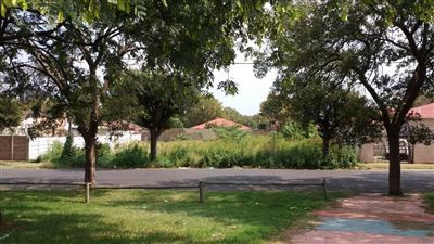 Johannesburg, Turffontein Property  | Houses For Sale Turffontein, Turffontein, Commercial  property for sale Price:700,000