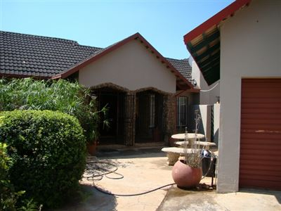 Stilfontein, Stilfontein Property  | Houses For Sale Stilfontein, Stilfontein, House 3 bedrooms property for sale Price:825,000