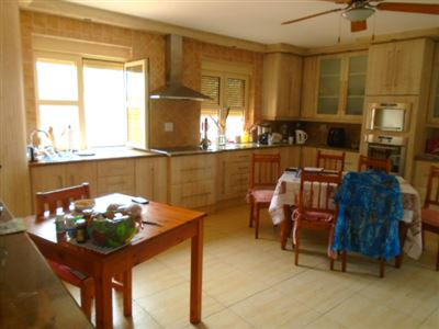 Wigwam property for sale. Ref No: 13466579. Picture no 8