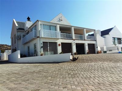 Da Gama Bay property for sale. Ref No: 13469008. Picture no 3