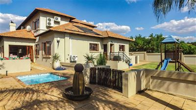 Pretoria, Pebble Rock Golf Village Property  | Houses For Sale Pebble Rock Golf Village, Pebble Rock Golf Village, House 4 bedrooms property for sale Price:3,000,000
