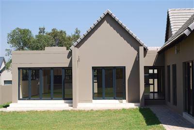Hartbeespoort, Leloko Property  | Houses For Sale Leloko, Leloko, House 3 bedrooms property for sale Price:1,850,000