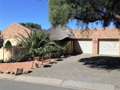 Bloemfontein, Pentagon Park Property  | Houses For Sale Pentagon Park, Pentagon Park, House 3 bedrooms property for sale Price:1,470,000
