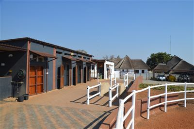 House for sale in Kameeldrift East