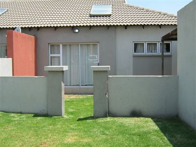 Witbank, Tasbet Park & Ext Property    Houses For Sale Tasbet Park & Ext, Tasbet Park & Ext, Townhouse 2 bedrooms property for sale Price:599,999