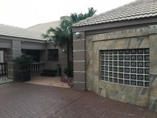 Potchefstroom, Van Der Hoff Park Property  | Houses For Sale Van Der Hoff Park, Van Der Hoff Park, House 5 bedrooms property for sale Price:3,950,000