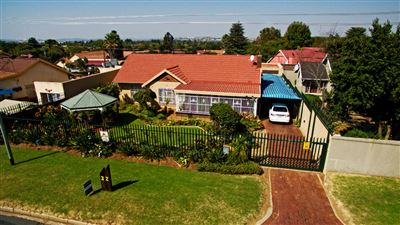 Roodepoort, Discovery & Ext Property  | Houses For Sale Discovery & Ext, Discovery & Ext, House 4 bedrooms property for sale Price:1,420,000