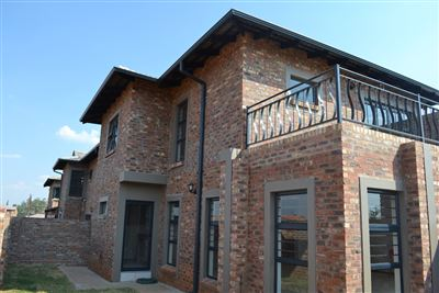 Townhouse for sale in Tuscany Ridge