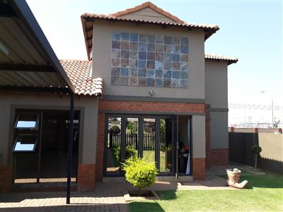 Alberton, Meyersig Lifestyle Estate Property  | Houses For Sale Meyersig Lifestyle Estate, Meyersig Lifestyle Estate, Cluster 3 bedrooms property for sale Price:1,550,000