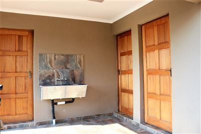 Safari Gardens And Ext property for sale. Ref No: 13469498. Picture no 31