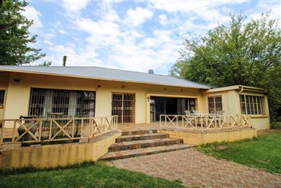 Bloemfontein, Waverley Property  | Houses For Sale Waverley, Waverley, House 4 bedrooms property for sale Price:1,950,000