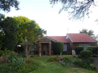 Potchefstroom Central property for sale. Ref No: 13471936. Picture no 1