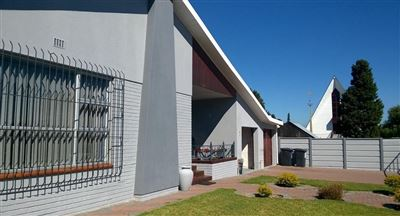 House for sale in Parow North
