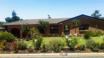 Durbanville, Aurora Property  | Houses For Sale Aurora, Aurora, House 4 bedrooms property for sale Price:3,295,000