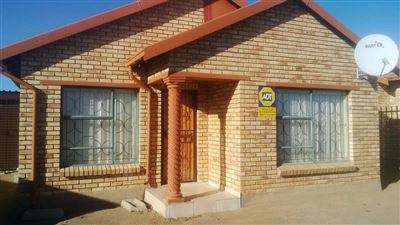 Bloemfontein, Vista Park Property  | Houses For Sale Vista Park, Vista Park, House 3 bedrooms property for sale Price:950,000