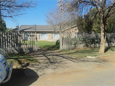House for sale in Viljoenskroon