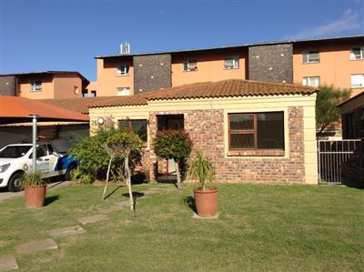 Port Elizabeth, Humewood Ext Property  | Houses To Rent Humewood Ext, Humewood Ext, Townhouse 2 bedrooms property to rent Price:,  6,00*