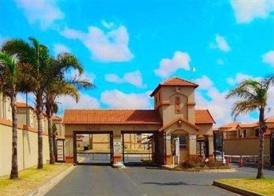 Johannesburg, Ormonde Property    Houses To Rent Ormonde, Ormonde, Townhouse 2 bedrooms property to rent Price:,  5,50*