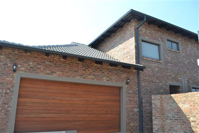 House for sale in Tuscany Ridge