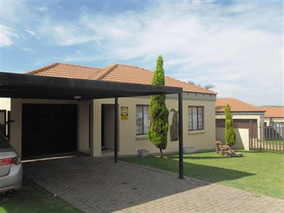 Witbank, Jackaroo Park Property  | Houses For Sale Jackaroo Park, Jackaroo Park, Townhouse 2 bedrooms property for sale Price:620,000