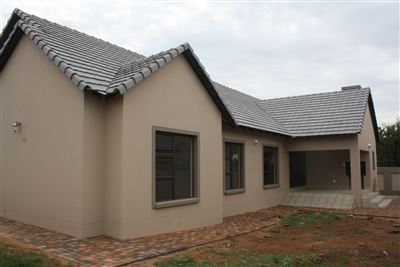 Kameeldrift East property for sale. Ref No: 13474075. Picture no 2